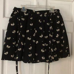 Bow tie black skirt